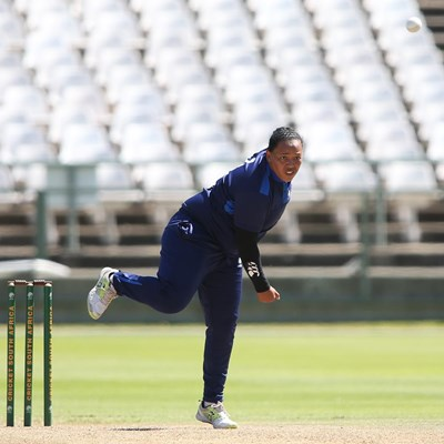 SWD's Jenay Winster trains with Proteas
