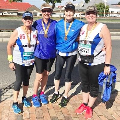 Mosselbaai-vroue stap halfmarathon kaf
