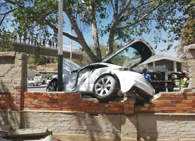 Audi vasgekeer na ongeluk