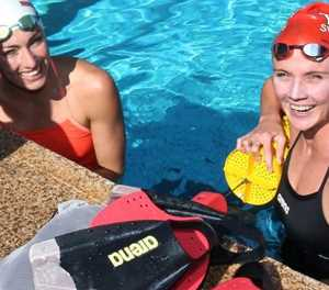 Schoenmaker shatters world record to win Olympic gold