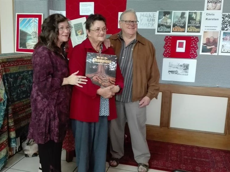 Library hosts local authors