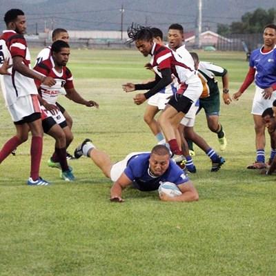 Adias klop Oudtshoorn-rugbyklub