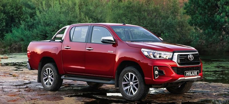 Toyota quietly puts Hilux Dakar's face on other models