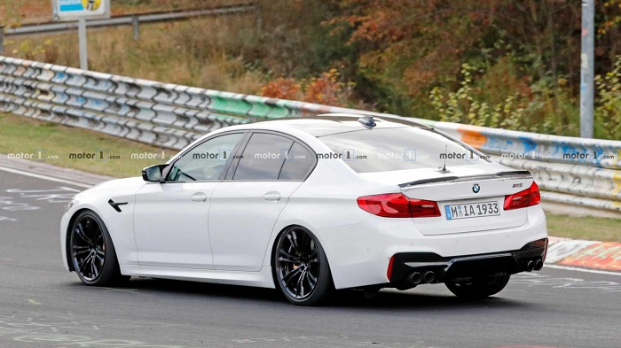 Is this BMW M5 hiding a potential CS version underneath?-Autodealer