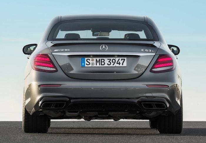 Clash of the Titans: BMW M5 vs Mercedes-AMG E63-Autodealer