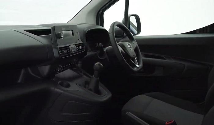 Panel van only Opel Combo priced-Autodealer