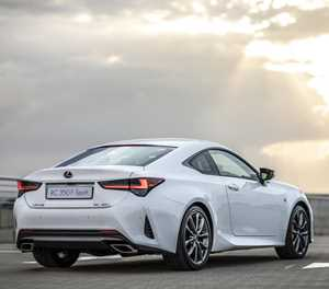 New Lexus is one good-looking car