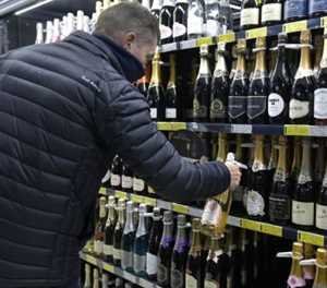 Wine industry head to court over booze ban after R8bn in losses