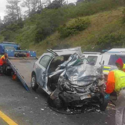 Head-on collision claims tourist, mother and 3 daughters