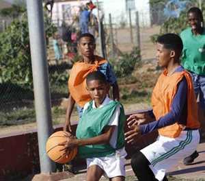Basketbalklub soekhulp by munisipaliteit