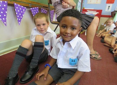 Grade ones arrive in their droves