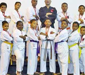 Karate Kyousei trots op atlete