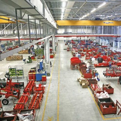 A visit to Kuhn's vast implement factory in France