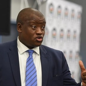 Van Rooyen's Gupta-linked advisors had access to documents, without contracts – Fuzile