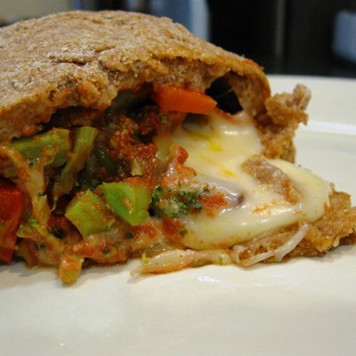 30-minute meals: Veggie calzone