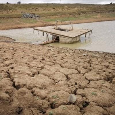 Sisulu puts Amatola Water Board under administration