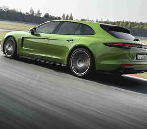 Two athletes join Panamera family