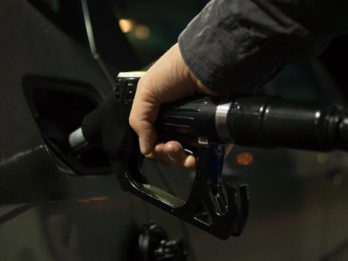 10 Tricks to save fuel when driving an automatic
