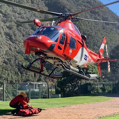 Man survives fall from Vic Bay cliff