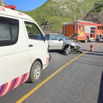 2 injured as vehicle crashes into barrier