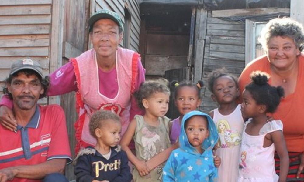 Borcherds-families praat oor hul 'metrodene'