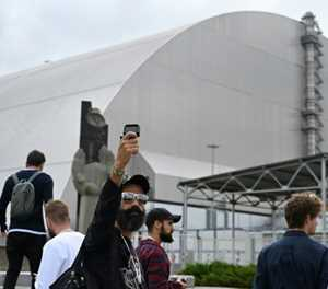 Selfies from the disaster zone: how TV show changed Chernobyl tourism