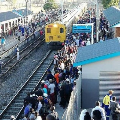 Prasa's Covid-19 plan could fall off track as limited trains mean crowding