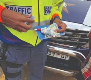 Call for public to report corruption