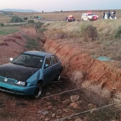 Vrou in pad glo oorsaak van ongeluk