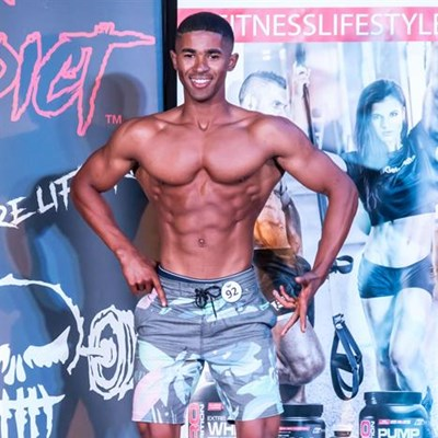 Muscle men to strut their stuff
