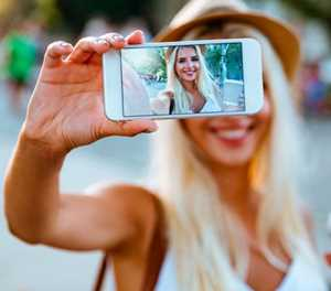 The hidden costs of selfie tourism