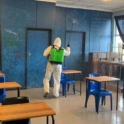 Covid-19: Positiewe gevalle by 5 skole