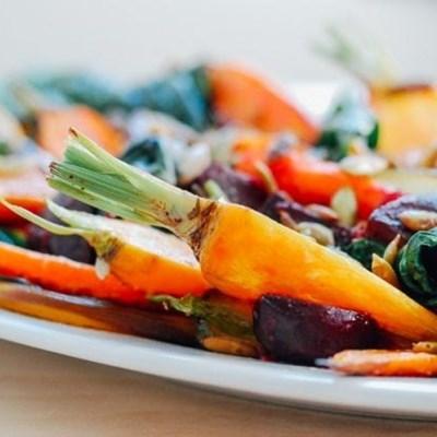 Recipe: Roasted vegetable salad with garlic dressing