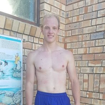 Young hero saves 3 from drowning