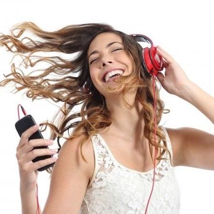 Turn down the volume: WHO takes aim at harmful smartphone use