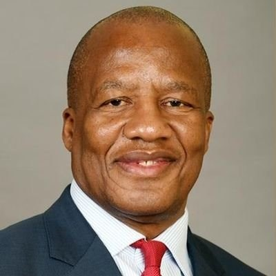 Minister Mthembu tests positive for COVID-19