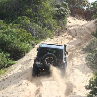 'Topless Jeeps' reis deur George