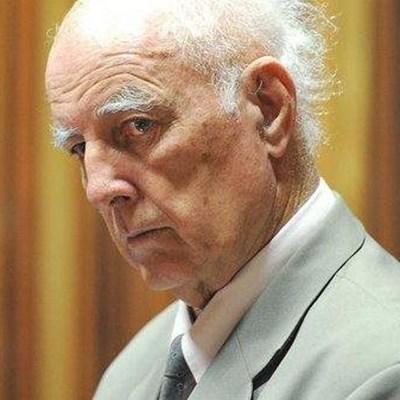 'Show no mercy for child rapist Hewitt'
