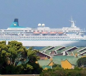 Cruise to popular Mossel Bay