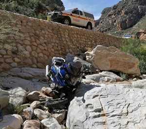 Motorfietsryer in hoësorgeenheid