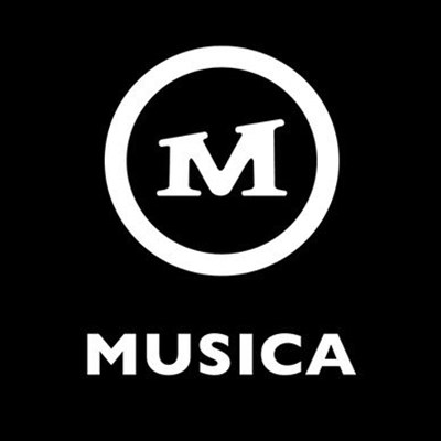 Mzansi reacts to Clicks closing Musica stores