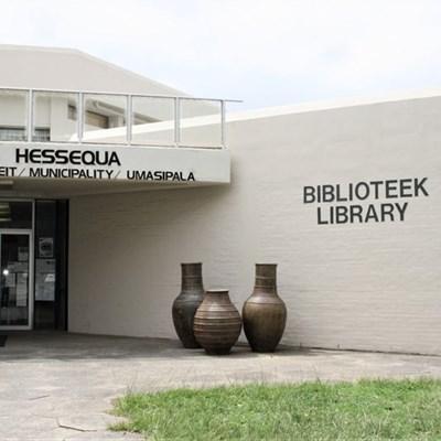 Libraries still closed