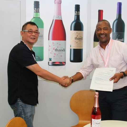 BEE winemaker scores export contract with China