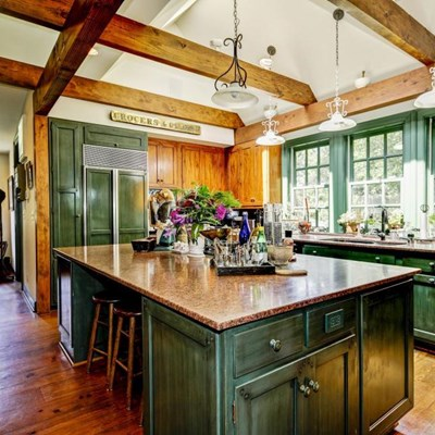 Decorate your home in farmhouse style
