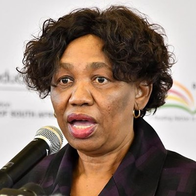 Motshekga calls on parents to pay school fees