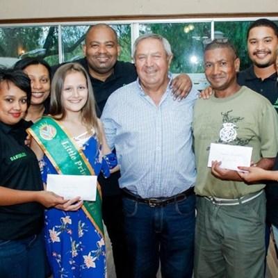 Sport Buddy- gholfdag genereer R10 000 vir Thom en Qusheka