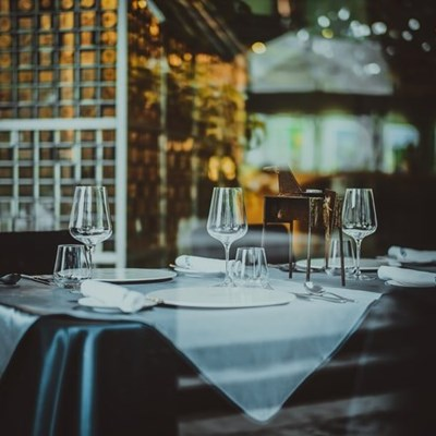 Restaurants may stay open after 18:00