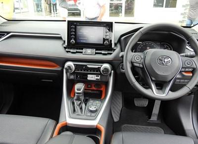 Halfway Toyota opedag met die nuwe Rav 4 vertoon gestel