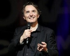 Dylan Moran returns to 2019 National Arts Festival