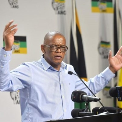 Magashule doubles down on racism allegations, R400 grocery money